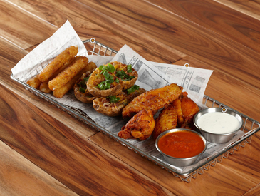 3. Creative Ways to Serve Appetizers: Appetizer Sampler Platter