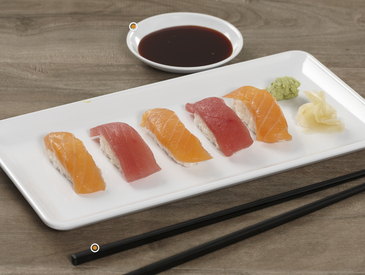 8. Creative Ways to Serve Sushi